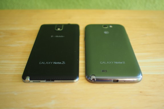 Note 3 (left) v. Note 2 (right)