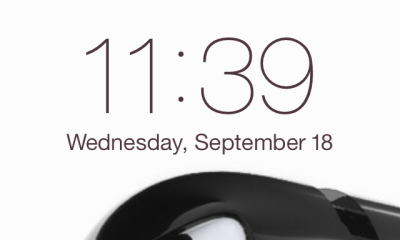 iOS 7 shows how many devices are connected on the lock screen.