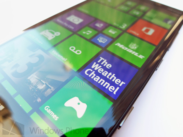 The Nokia Lumia 929 in photos shared with WPCentral.