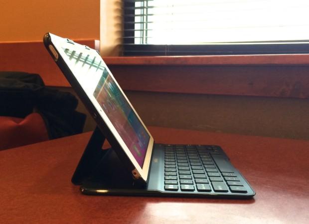 Belkin CODE Ultimate iPad Air Keyboard Case Review -  7