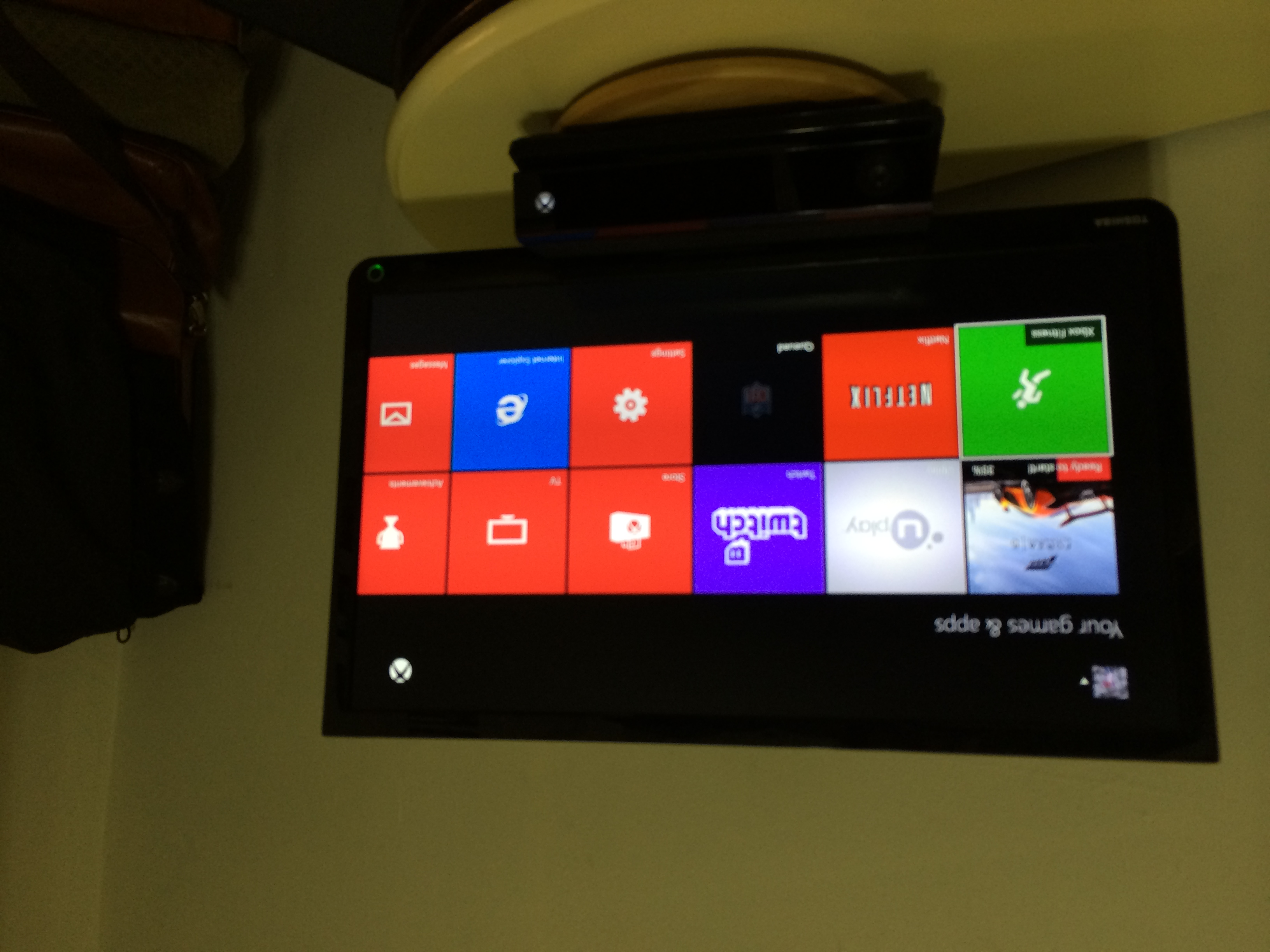 How to Download Apps on the Xbox One