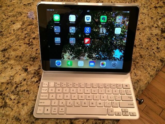 7ef99d1c1767 Belkin Ultimate Keyboard Case for iPad Air Review