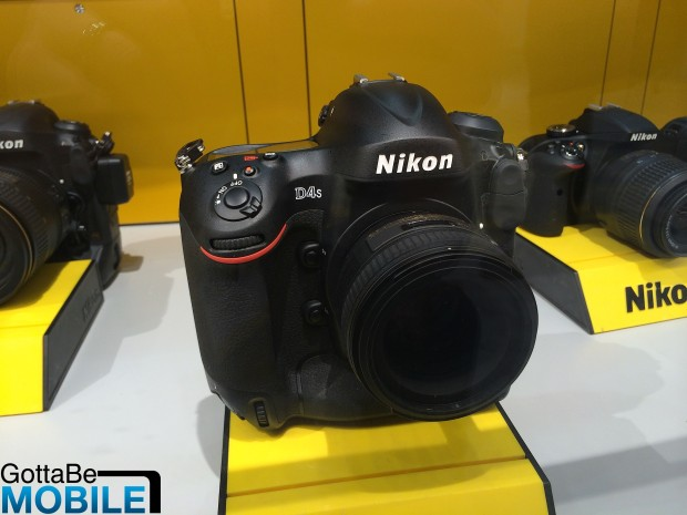 Nikon D4s sample images appear at the 2014 Olympics in Sochi.