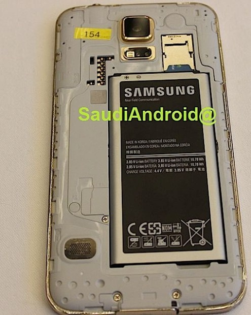 We see a larger battery and a Micro SD card slot in this Galaxy S5 photo.