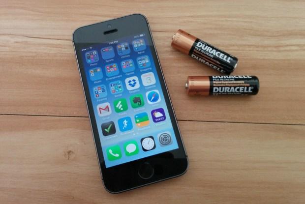 aa-battery-iphone