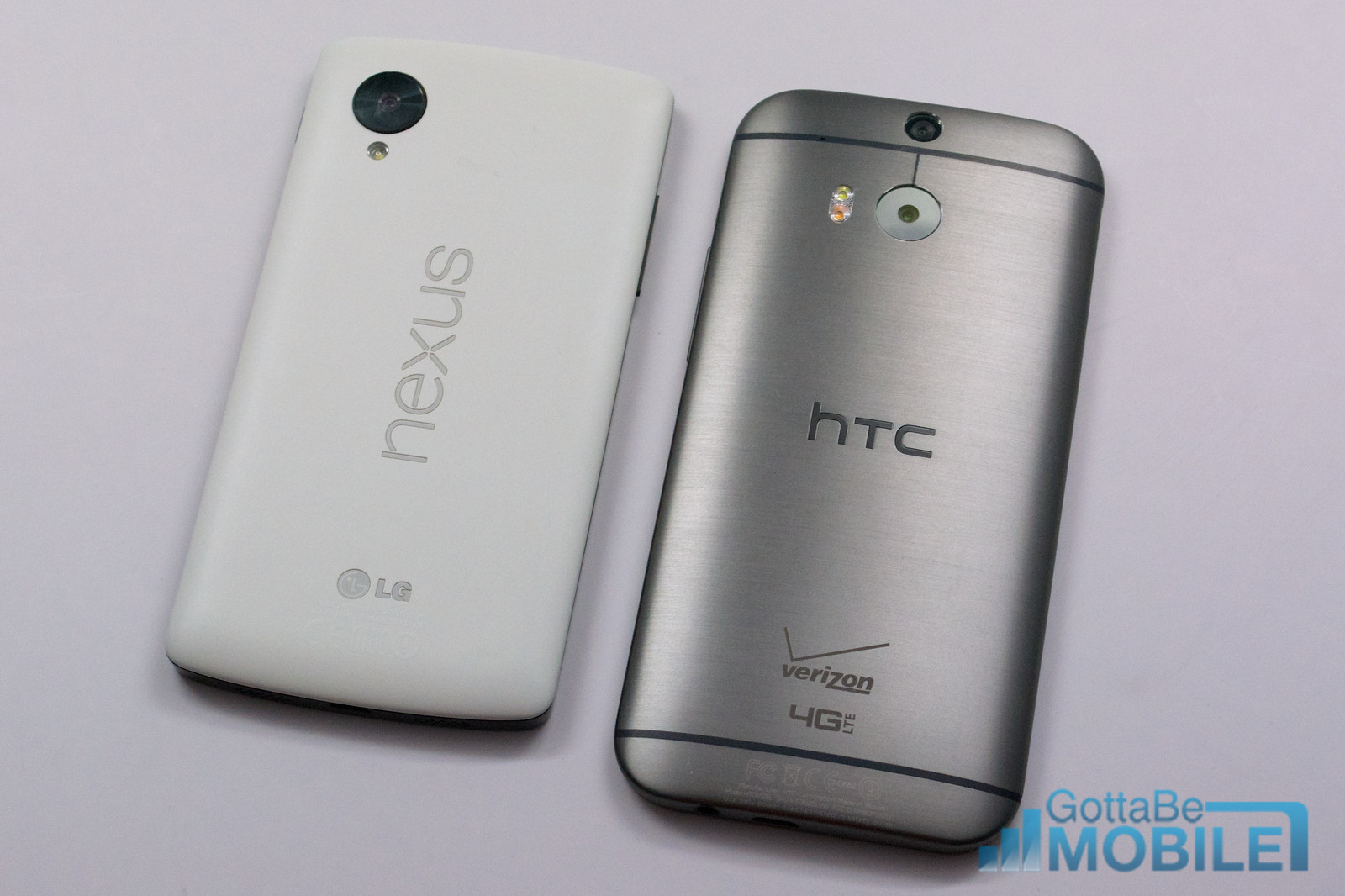 New HTC One (M8) vs. Nexus 5: 5 Key Differences