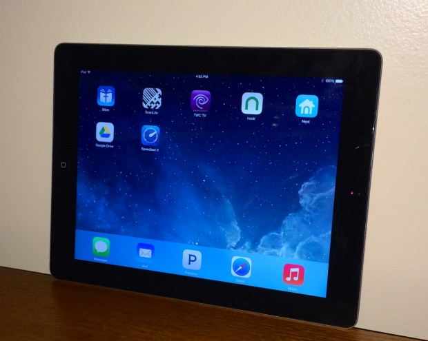 The iOS 7.1.1 iPad 3 performance is good, but some installation problems plague users.