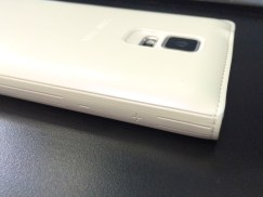 Samsung Galaxy S5 S View Flip Cover Review = 4
