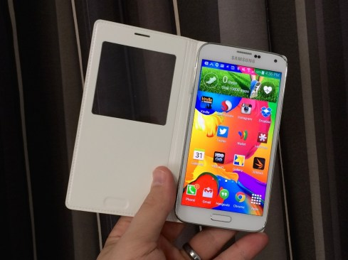Samsung Galaxy S5 S View Flip Cover Review = 8