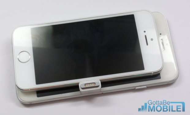 iPhone 5s vs iPhone 6 width comparison.