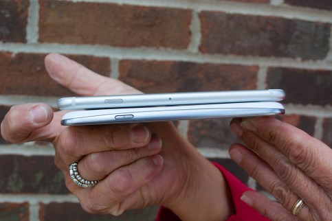 iPhone 6 vs Galaxy S3 - 5