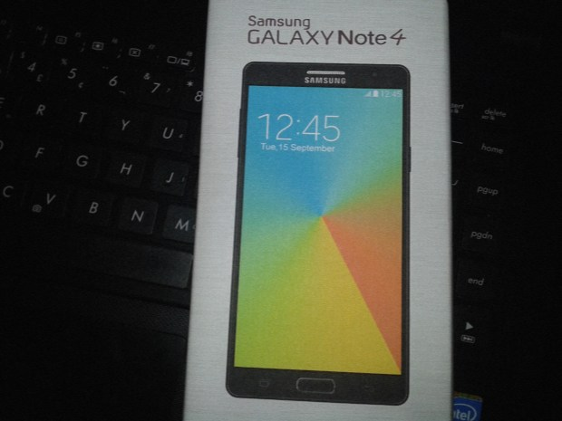 An alleged Galaxy Note 4 box leaks, with more questions than answers.