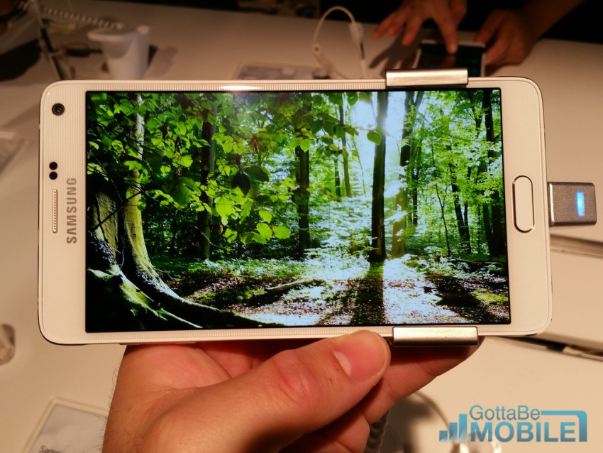 Samsung includes a 2k display in the Galaxy Note 4.