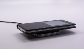 Galaxy S5 Wireless Charging S View Flip Cover Review - 6