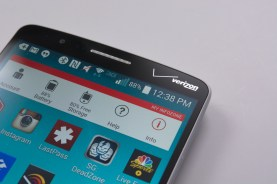 The front of the G3 features a large Verizon logo.