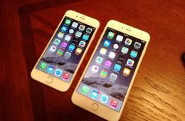There are some good reasons to wait a few weeks before you buy the iPhone 6 or iPhone 6 Plus.