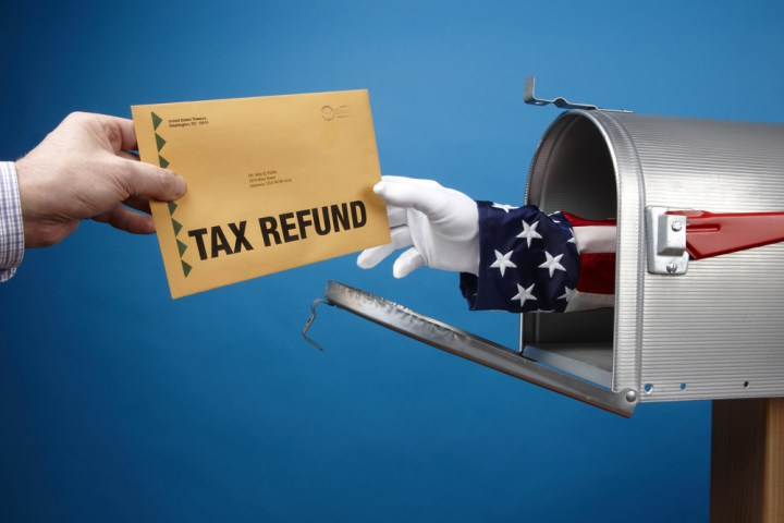 Learn how to check your 2016 tax refund status free of charge.