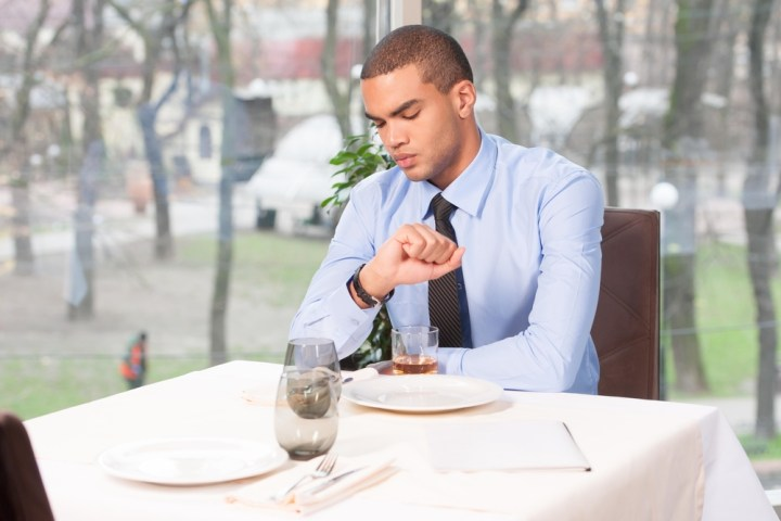 Learn how to use the Apple Watch on a date, and what you need to avoid.