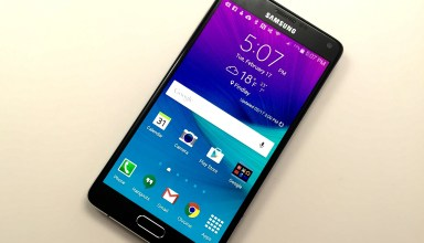 The Galaxy Note 4 display is stunning, but not as bright as the Galaxy S6 display.