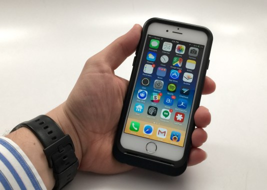 OtterBox Resurgence Review - iPhone 6 Battery Case - 2