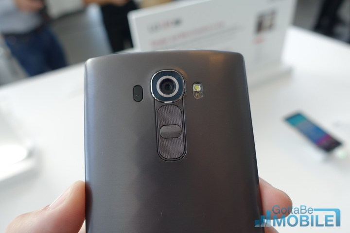 The LG G4 camera includes features to boost low light performance.