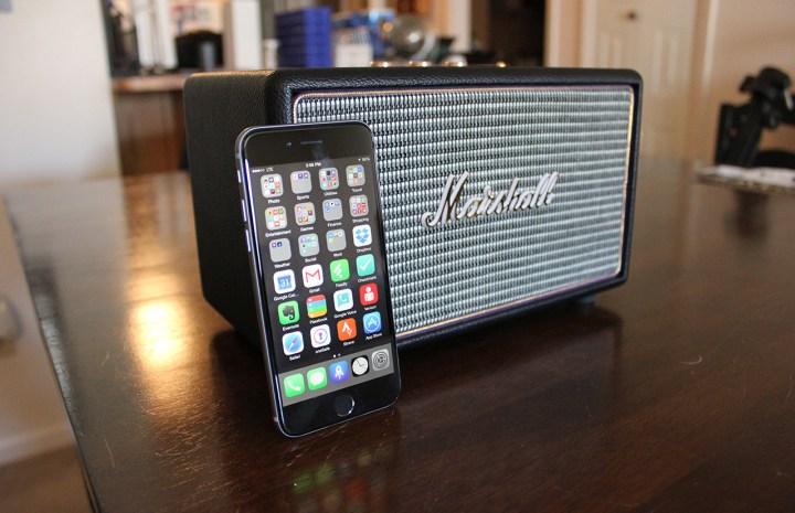 Marshall-Acton-Bluetooth-Speaker-4
