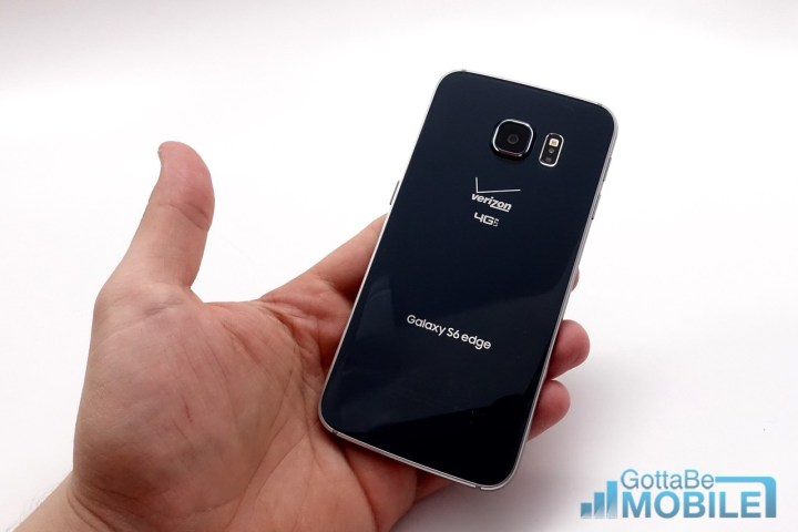 The Galaxy S6 Edge sports a premium design that delivers a great tactile feel.