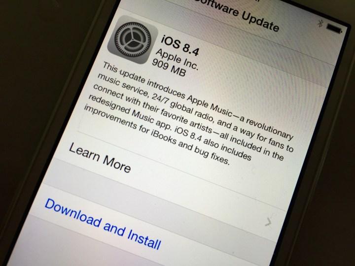 iOS 8.4 Reviews