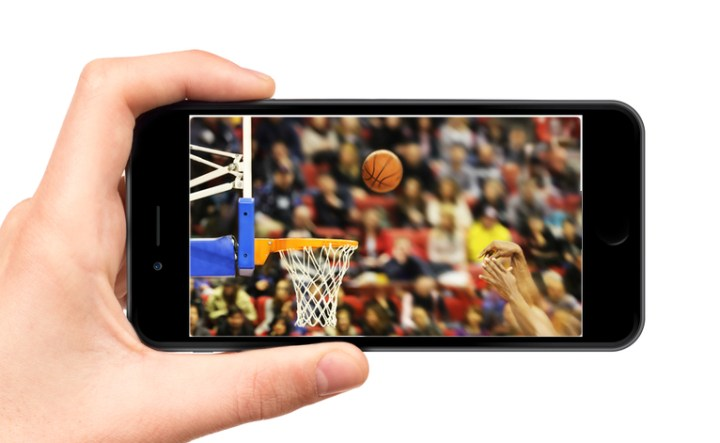 Matt Bonner blames the iPhone 6 with a larger screen for his shooting problems.