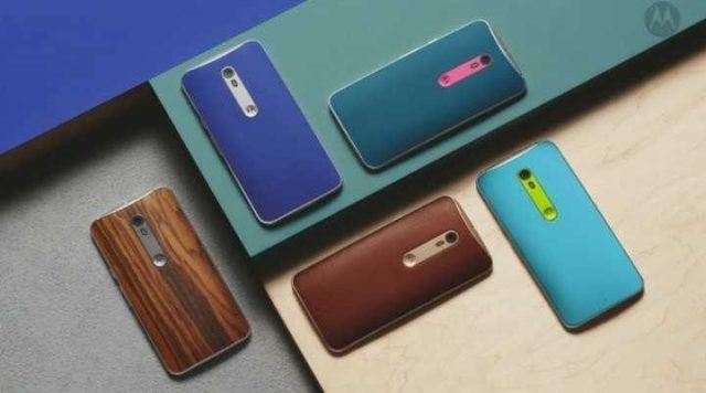 Moto X Pure Edition in leather, wood, rubber and more.
