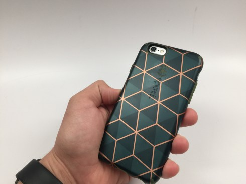 Speck CandyShell Inked Luxury iPhone 6 Case Review - 6