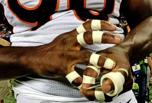 iPhone 6 Plus Photo Samples NFL Lions vs Broncos - 19