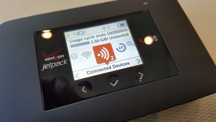 Verizon Jetpack 4G LTE Mobile Hotspot AC791L display