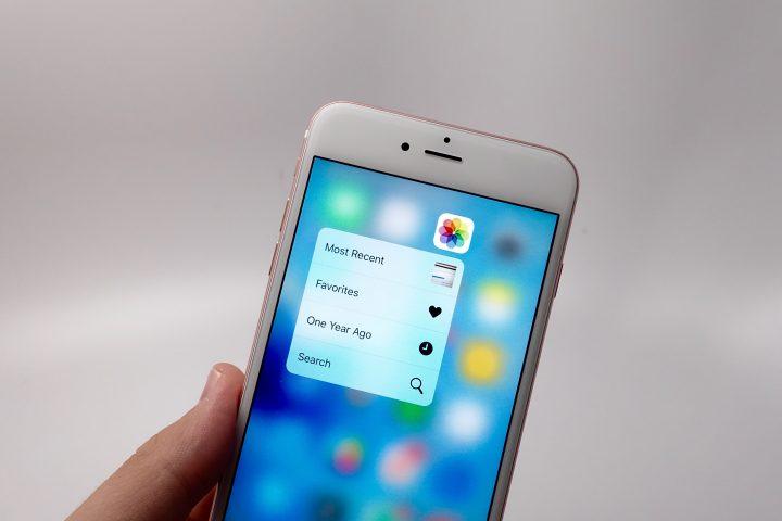iPhone 6S Plus iOS 9.0.2 - 1