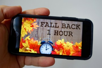 does iphone change time for daylight savings gottabemobile iphone android and mobile news amp reviews 4908