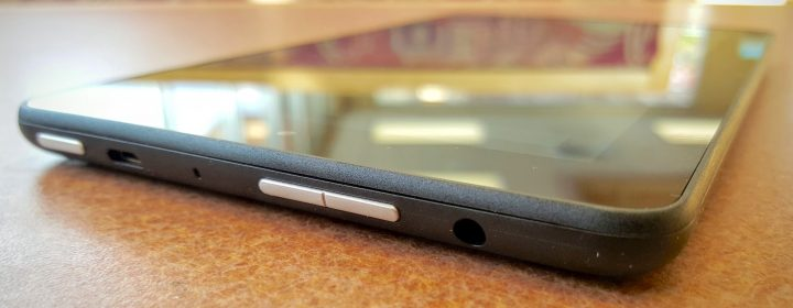 kindle fire 7 buttons and ports