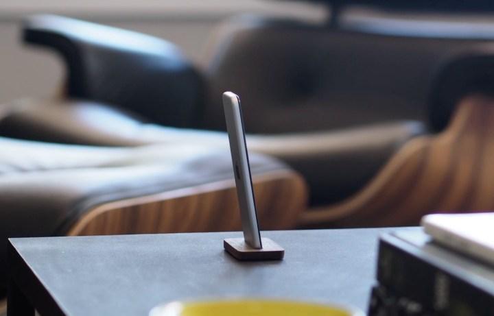 Studio Neat Remote Stand
