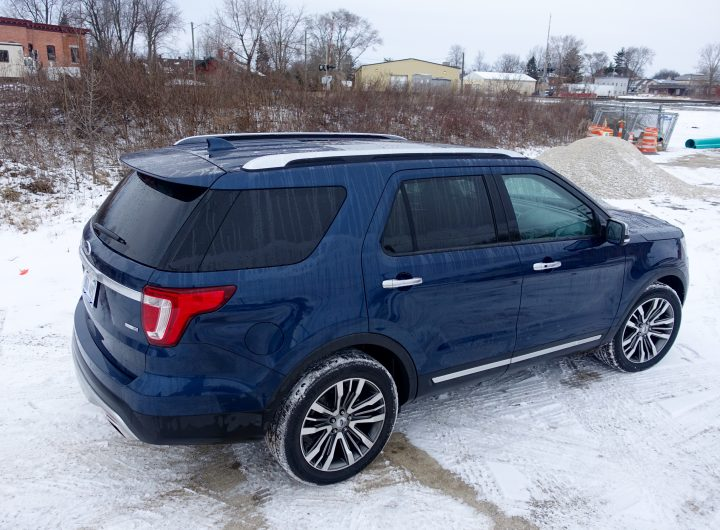 2016 Ford Explorer Platinum Review - 31