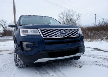 2016 Ford Explorer Platinum Review - 38