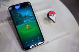 Pokemon Go and Pokemon Go Plus / The Verge