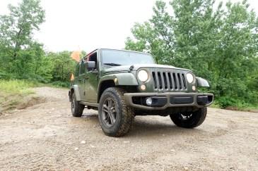 2016 Jeep Wrangler Review - 15