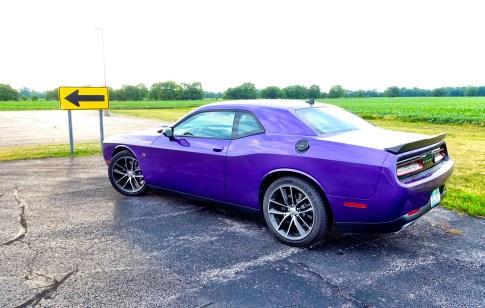 2016 Dodge Challenger Review - HEMI Scat Pack Shaker - 2