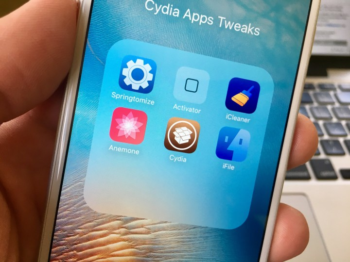 Learn how to buy Cydia tweaks and apps on iOS 9.3 and iOS 9.2.