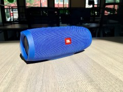 JBL Charge 3 Review - Waterproof Bluetooth speaker - 5