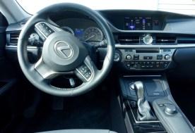 2016 Lexus ES350 Review - 8