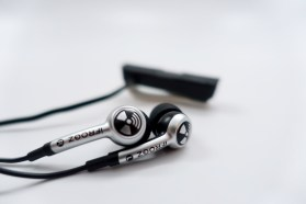 iFrogz Wireless Earbuds Review - 8