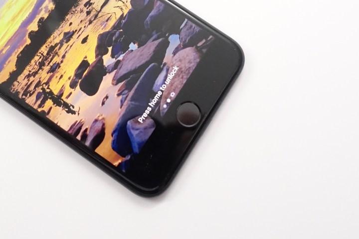 2016-macbook-pro-features-1