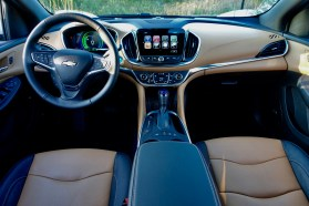 2017-chevy-volt-review-8