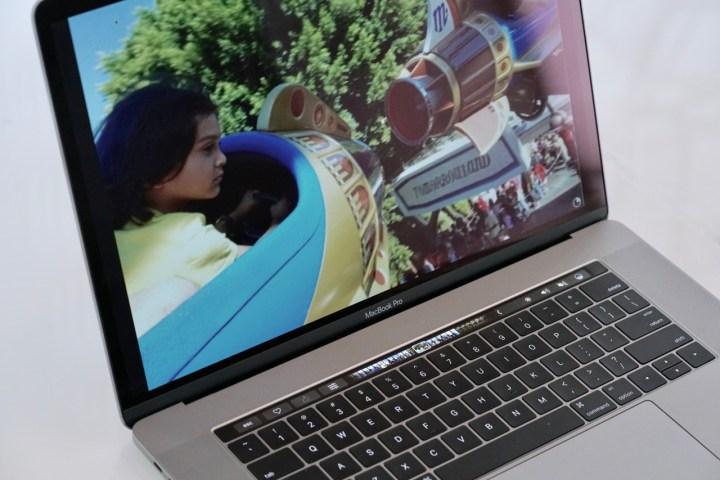 macbook-pro-review-15-6