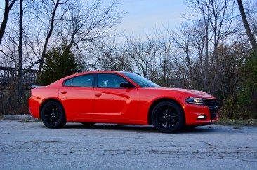 2016-dodge-charger-sxt-review-9